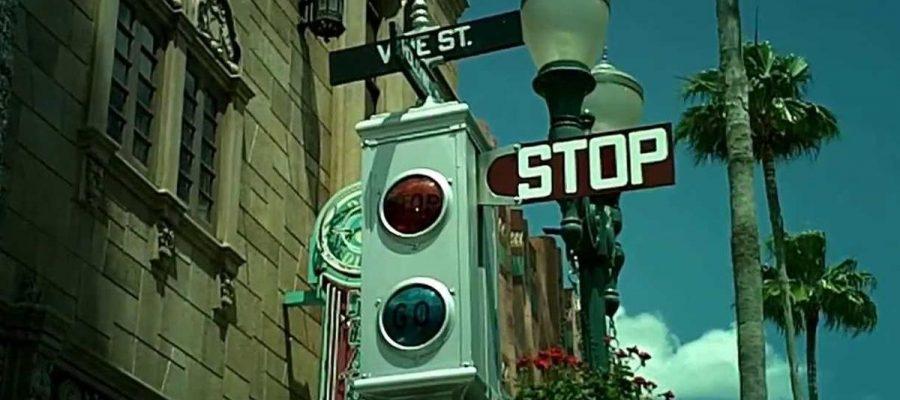 El café de la historia - El primer semáforo del mundo