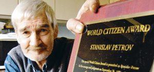 Stanislav Petrov, El café de la historia