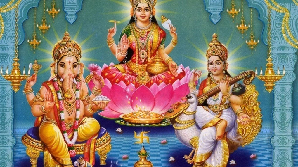 Hindu proverbs. The Hindu proverbs rooted in the Hindu wisdom and transmitted orally from generation to generation until our days.