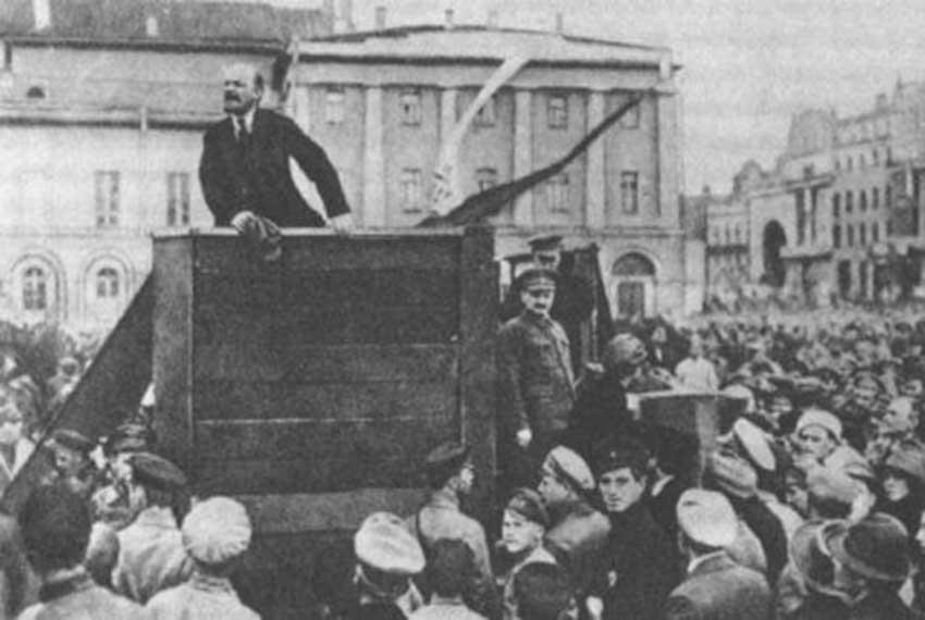 La revolución de Octubre que fue en noviembre - el café de la historia