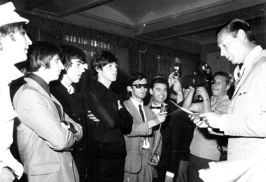Los Beatles en la rueda de prensa de Madrid