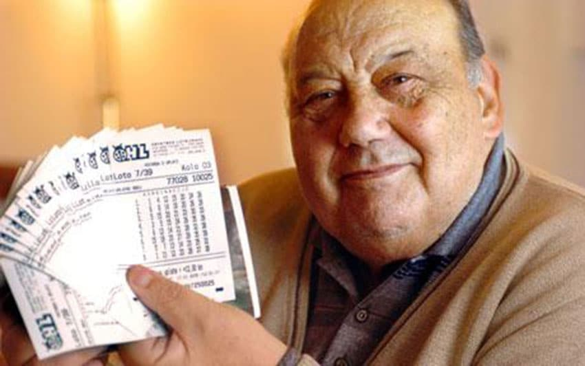 Selak ganó un millón de euros en la lotería -  El café de la historia