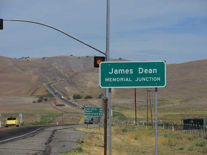 James Dean Memorial Junction - el cafe de la historia
