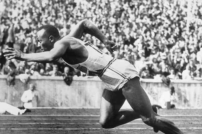 Jesse Owens - el café de la historia adidas versus puma