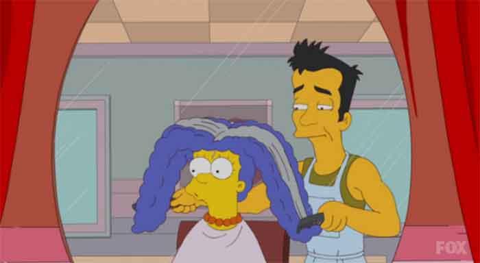 Marge Simpson en la peluquería