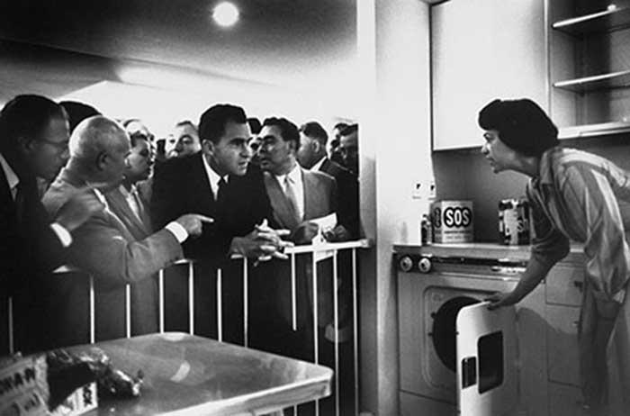 CUANDO PEPSI FUE UNA POTENCIA NAVAL - El café de la historia