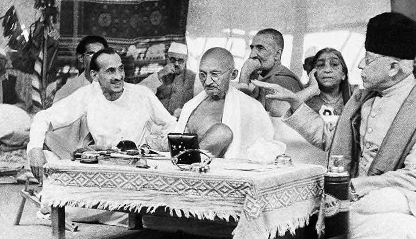 El café de la historia - frases de Gandhi