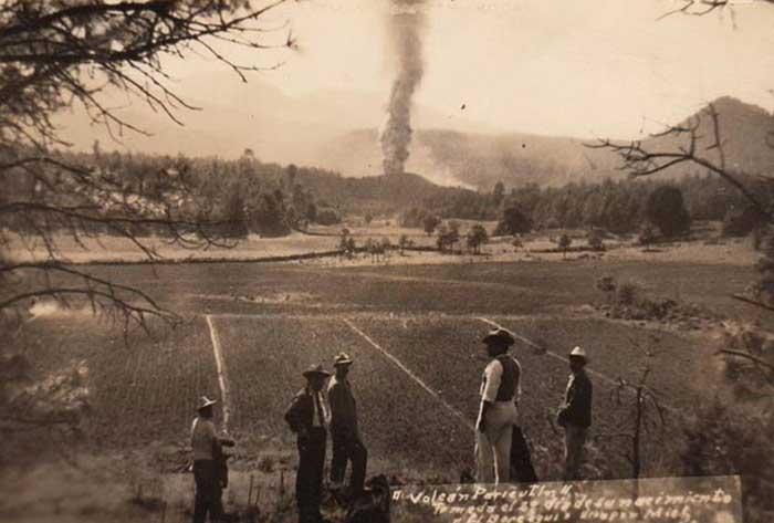 El nacimiento de un volcán, el Paricutín