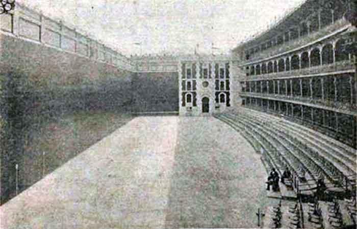 El Frontón Beti Jai  a principios del siglo XX