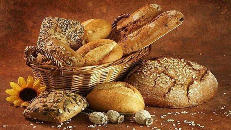 El café de la historia - Refranes sobre el pan