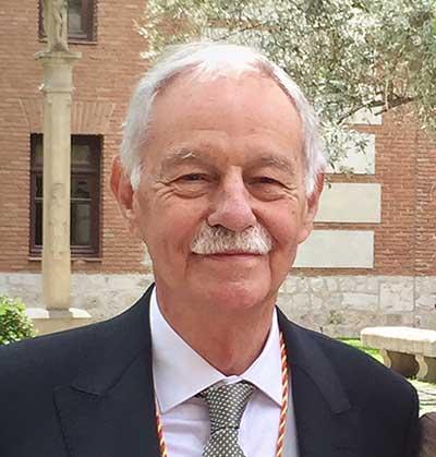 Eduardo Mendoza -  Reino de Redonda - Elcafédelahistoria.com